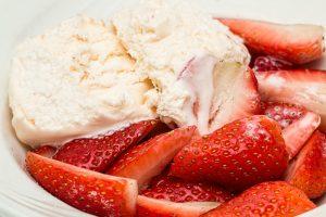 strawberries-816698_1920
