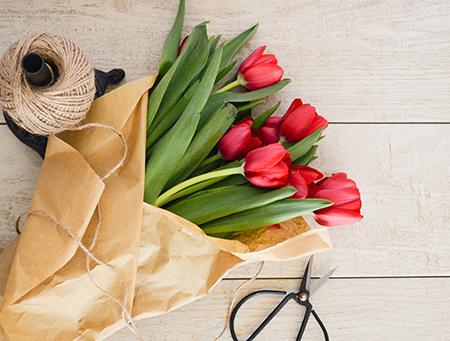Valentinstag Geschenke Tulpen